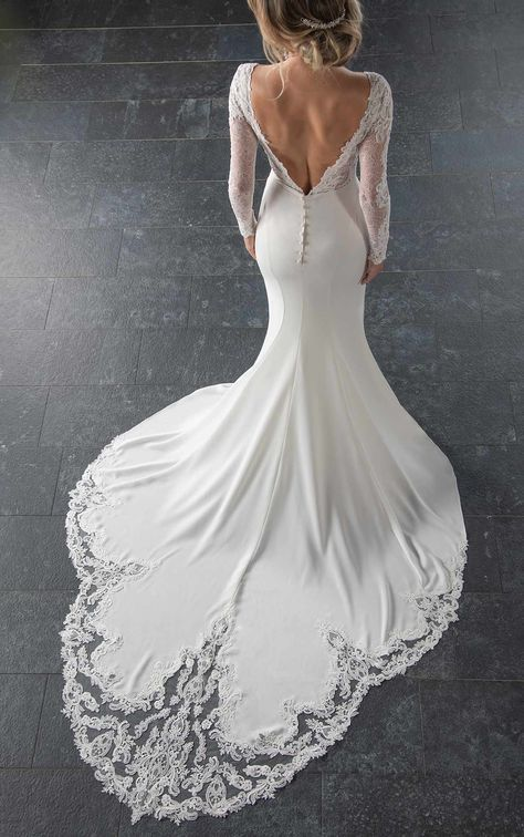 35 TOTALLY UNIQUE FASHION FORWARD WEDDING DRESSES Fabulous wedding dress,silk chiffon wedding dress,wedding dress ideas.